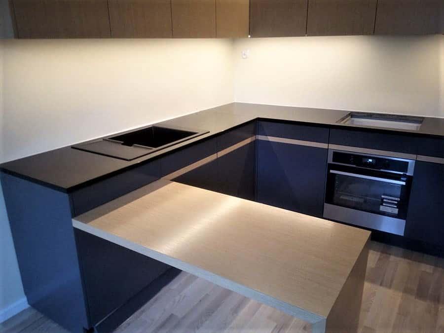 Blat kuchenny NERO ASSOLUTO – POLER