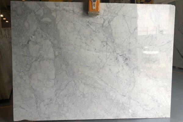 marmur bianco carrara CD slab1