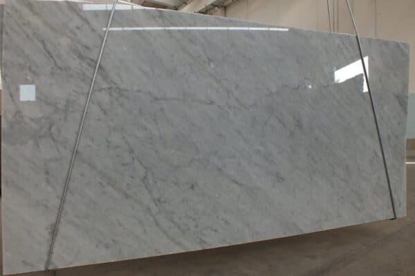 marmur bianco carrara CD slab2