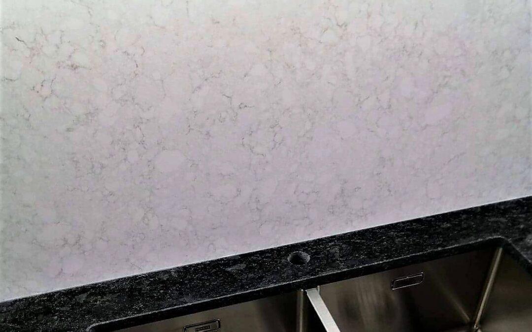 STEEL GREY | TECHNISTONE NOBLE SUPREME WHITE poler